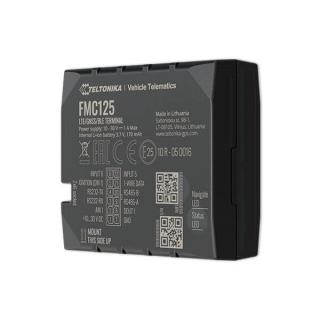 GPS Терминал Teltonika FMC125 - вид сбоку